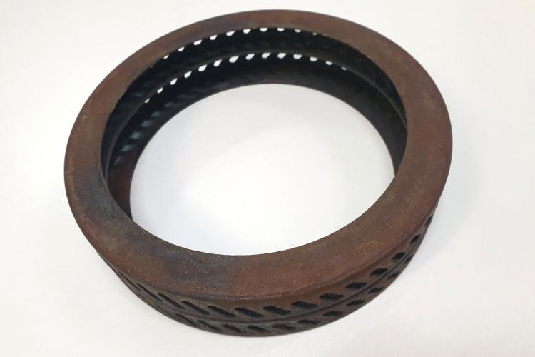 Диффузионное кольцо аппарата сахарной ваты перед восстановлением